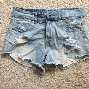Distressed high waisted light wash jean short